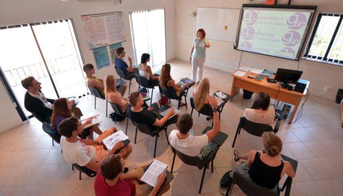 Как открыть прибыльную языковую школу
