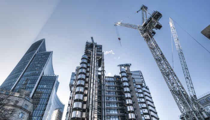 Как заработать на строительстве жилых домов?