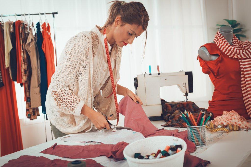Бизнес, не выходя из дома: чем можно заниматься
