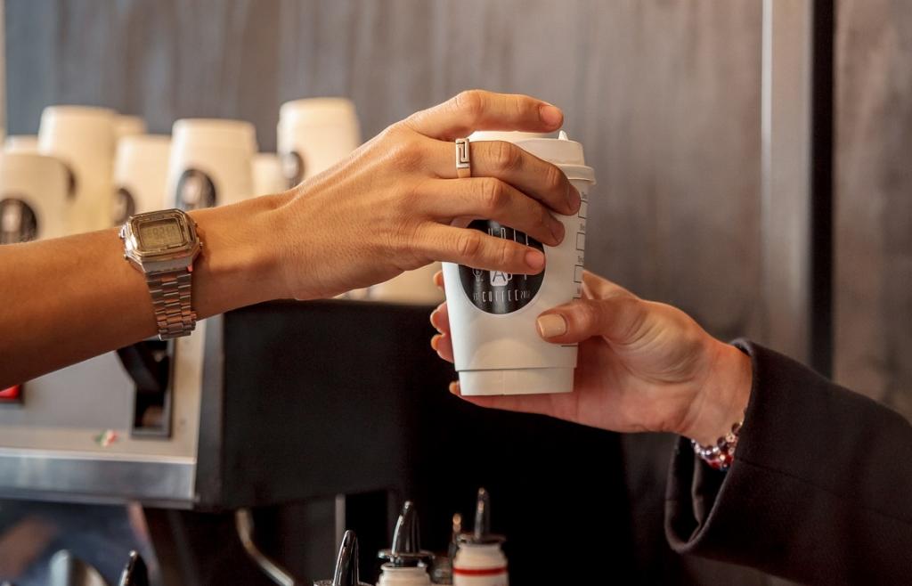 Открыть кофе на вынос с нуля маленькую